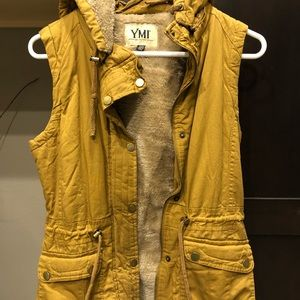 Vest, women's like new. Mustard color.